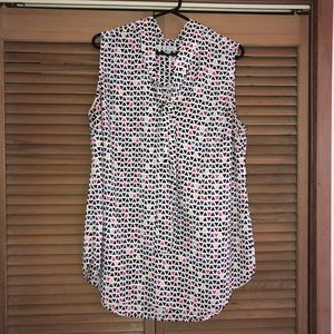 Women's sleeveless tunic blouse, great condition.